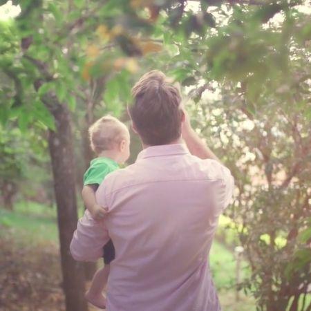 Papai: como criar vínculo afetivo com o bebê?