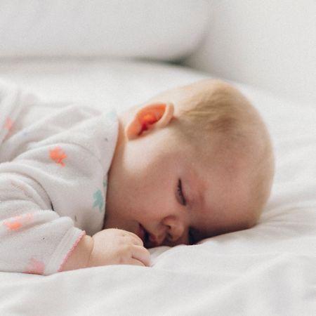 Entenda alguns rituais eficientes para o bebê dormir